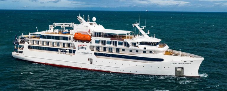 coral_Geographer_cruise_vessel