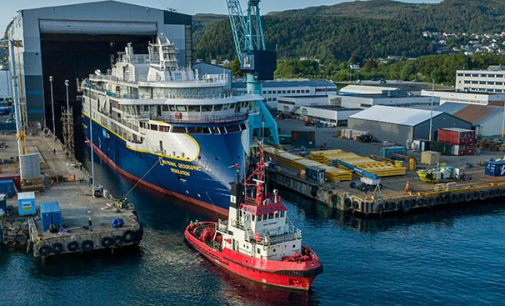 El nuevo buque de crucero de expedición National Geographic Resolution ya está a flote