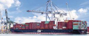 El Puerto Tarragona instala un innovador bolardo para mejorar el atraque de barcos