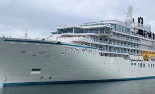 El lujoso yate de expedición Crystal Endeavor debutará un nuevo viaje en octubre desde Miami