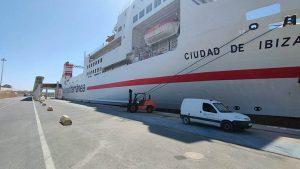ferry_Ciudad_de_Ibiza_en_el_puerto_de_Almería