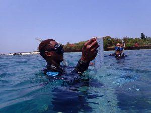 toma_de_muestras_arrefices_de_coral_Tanzania