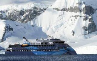Entrega del crucero de expedición Ocean Victory